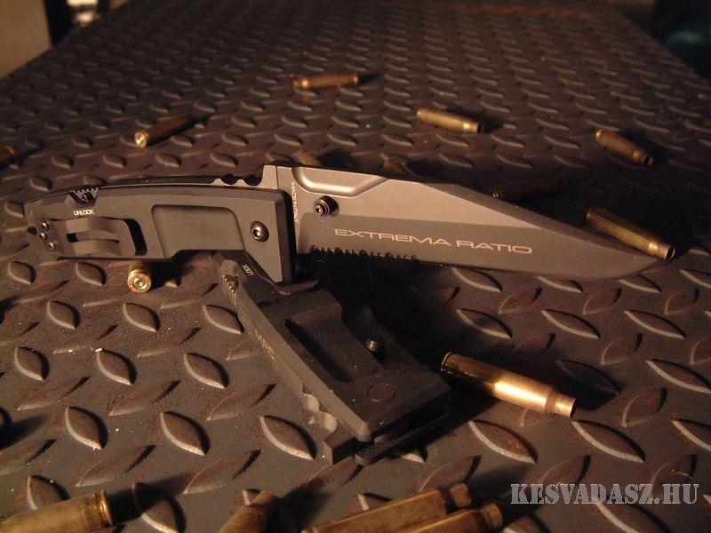 EXTREMA RATIO M.P.C. katonai harci kés